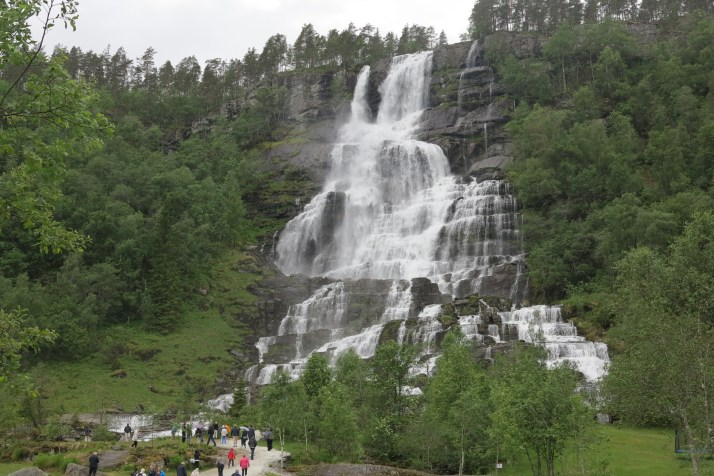 Water spectacle: The breath-taking Tvinde waterfall