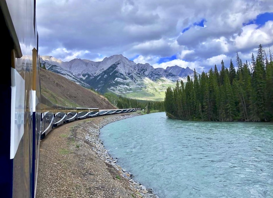 Rocky Mountaineer - a brief photo journey from Vancouver to Banff