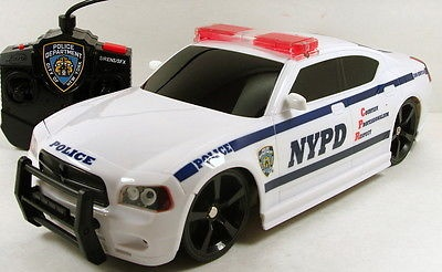 Jada Remote Control RC Car Dodge Charger NYPD lights and sound J610