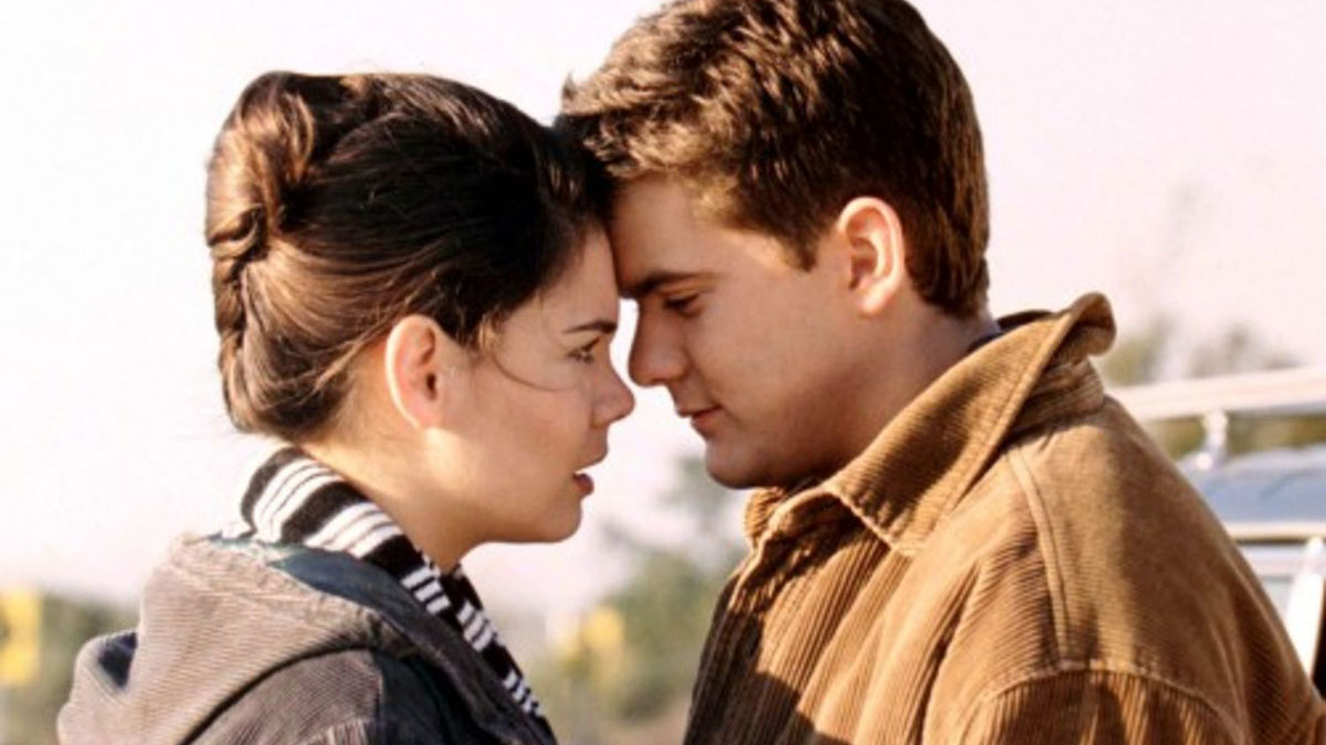 Pacey and Joey's first kiss in Dawson's Creek