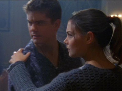 Pacey and Joey dance a tango