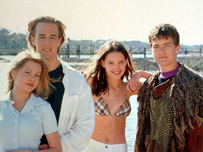 Jen, Dawson, Joey, and Pacey in season 1 of Dawson's Creek