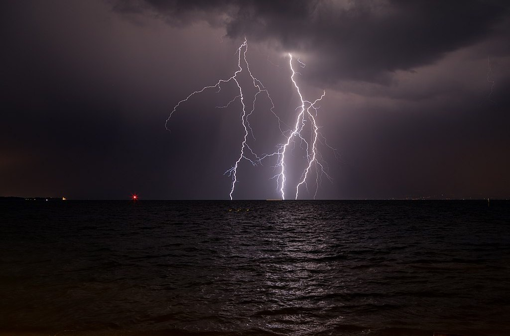 Ship air pollution linked to increased lightning