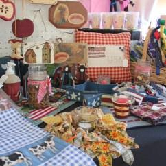 Booth Table For Kitchen Cabinet Hinges Types Flea Market Vendor Spotlight: Pink Zebra & Patches Crafts ...