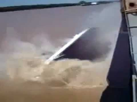 How NOT to do boat shipping!