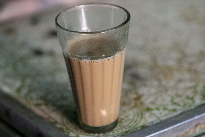 chaï indien, thé aux épices, recette de chaï, épices biologiques, démarche éthique et responsable, épices de terroir, Épices Shira