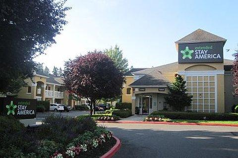2631759-Homestead-Seattle-Redmond--Hotel-Exterior-1-DEF[1]