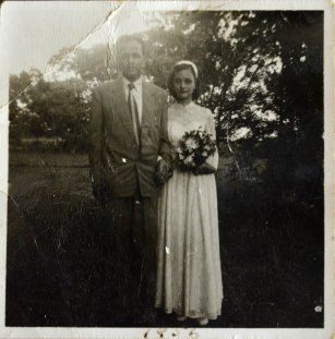 sarfaraz-rosemary-wedding-25-june-1956