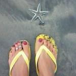 足の親指の爪が白い 爪水虫でサンダル履けない方の治療期間と費用
