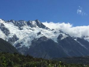 The mountain range next to Mt. Cook.