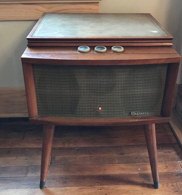 Magnavox-Collaro-Blonde-Mid-Century-Record-Player