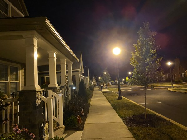 These Warwick Woodlands street lamps are a pretty good copy of the distinctive, historic ones downtown.