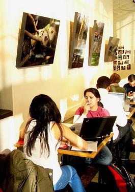 city cafe - laptop heaven (photo by ktylerconk)