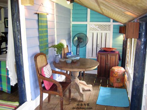 我俩住的Blue Ginger内的小客厅  (Bonton, Langkawi, Malaysia)