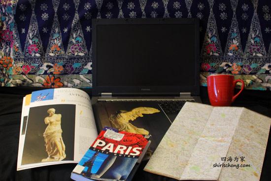 坐在沙发上,一个laptop, 一本LP, 一张地图和一杯咖啡,为自助游准备! :)