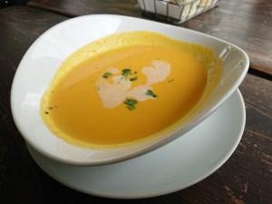 アルベロ、スープ