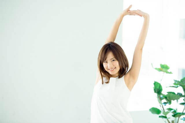 高齢者でも姿勢を良くすることはできる!簡単姿勢改善法!