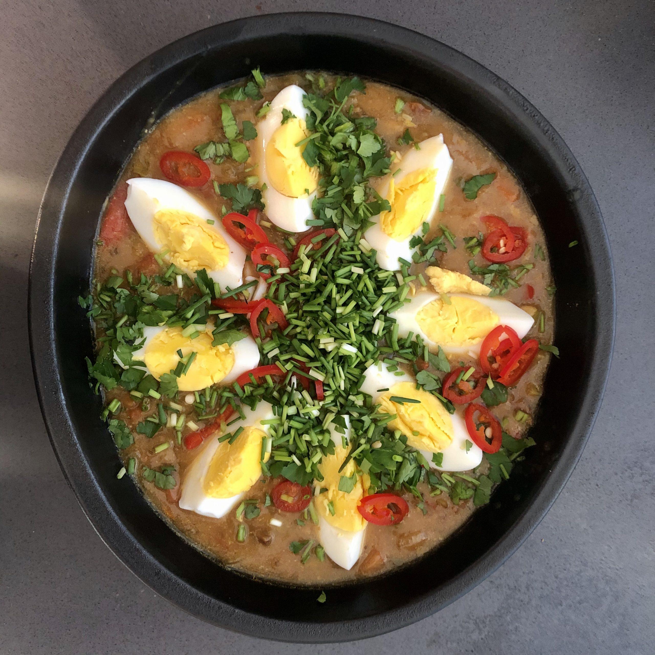 Winterse miso groentesoep met eekhoorntjesbrood