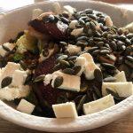 Corona lockdown dag 12: Fantastische maaltijdsalade wortelgroenten en linzen
