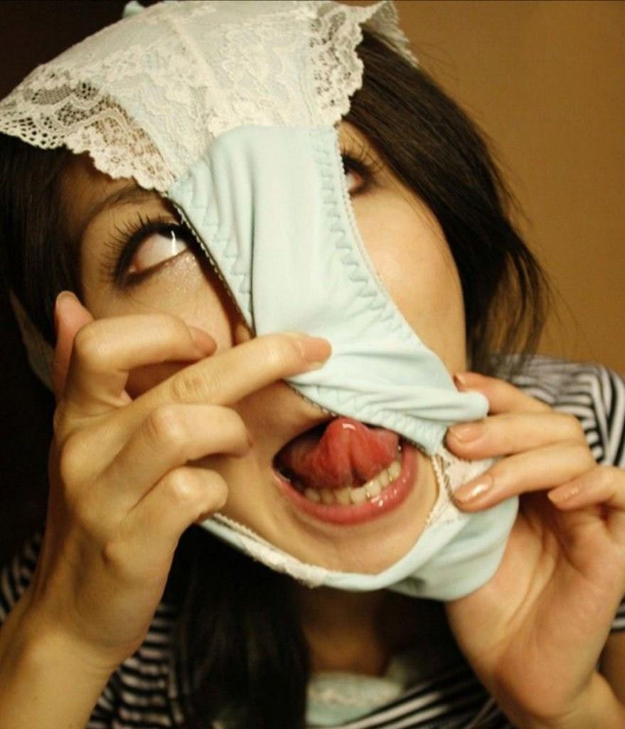 変態仮面の舌出し (11)