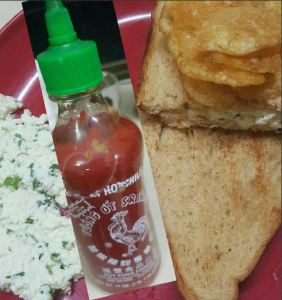 Sriracha Cottage Cheese Sandwich