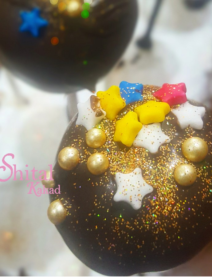 Christmas Cake Pops !!