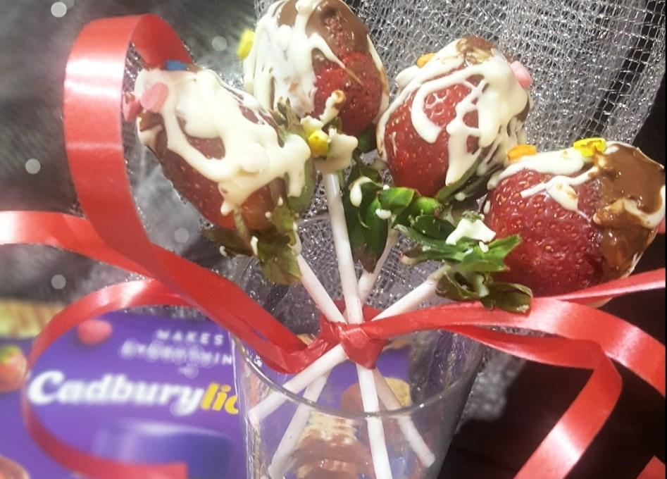 Valentine's Strawberries !! With Cadbury Dairy Milk Spready