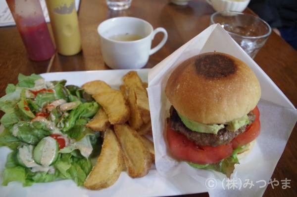 町子ハンバーガープレート