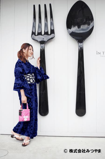 紺の浴衣×紺色の帯