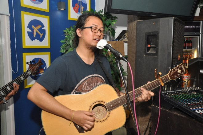 1-Taba Chake performing at the launch of The Beer Cafe, HKV