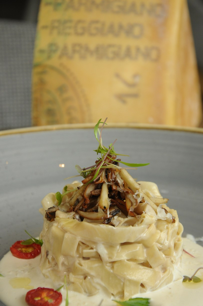 homemade-fettucine-with-forest-wild-mushrooms-and-12-months-aged-parmesan-cheese-sauce