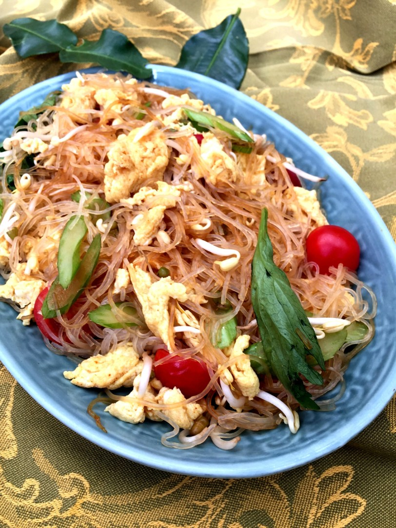 CHEF_S SPECIAL- stir fried cellophane noodle with cherry tomatoes and scrambled eggs