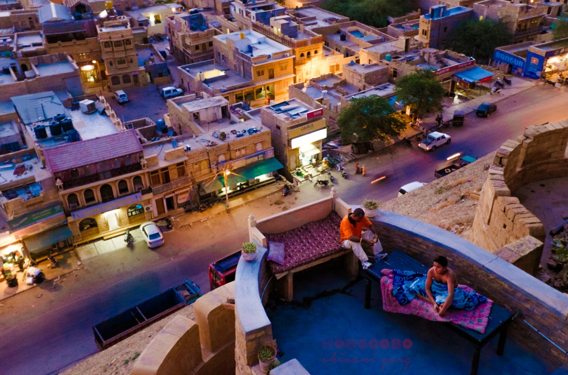 jaisalmer fort rajasthan massage on love bed for travelers