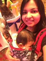 babywearing-cookiie-carrier-mom-attending-event
