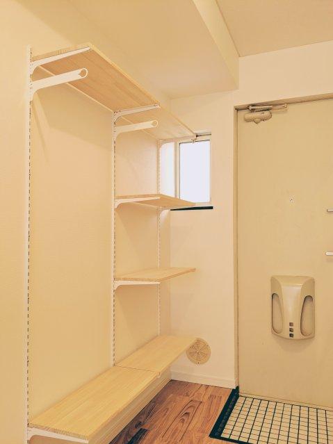 ロイヤル可動棚システム(AA System)で賃貸アパートをカッコよく、しかも便利に!