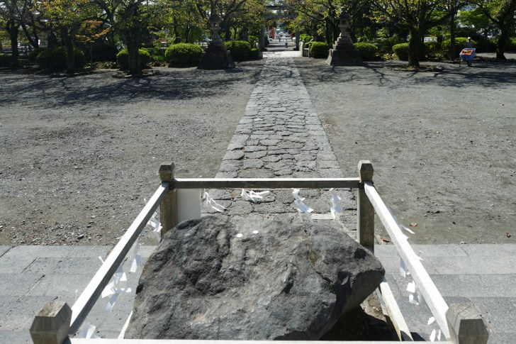 富士山本宮浅間大社鉾立石