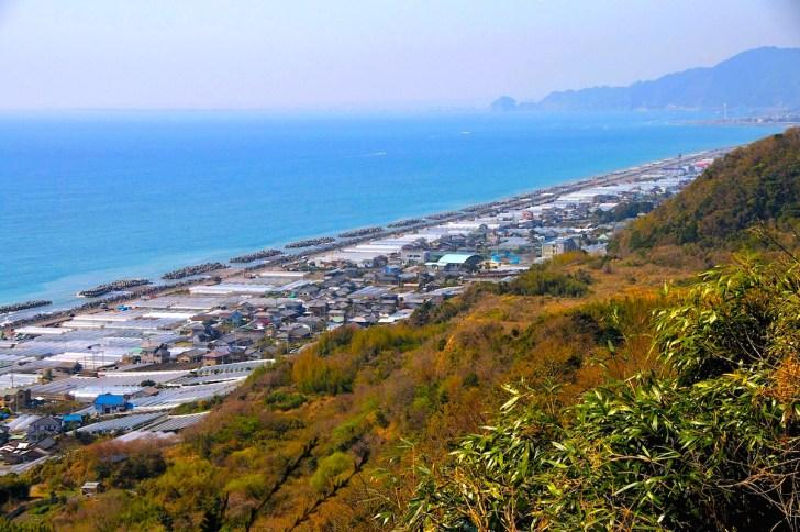 久能山から眺めた大崩海岸方面