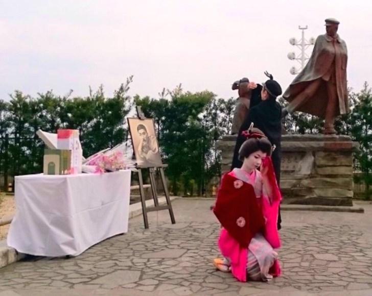 1月17日に行なわれる『尾崎紅葉祭』