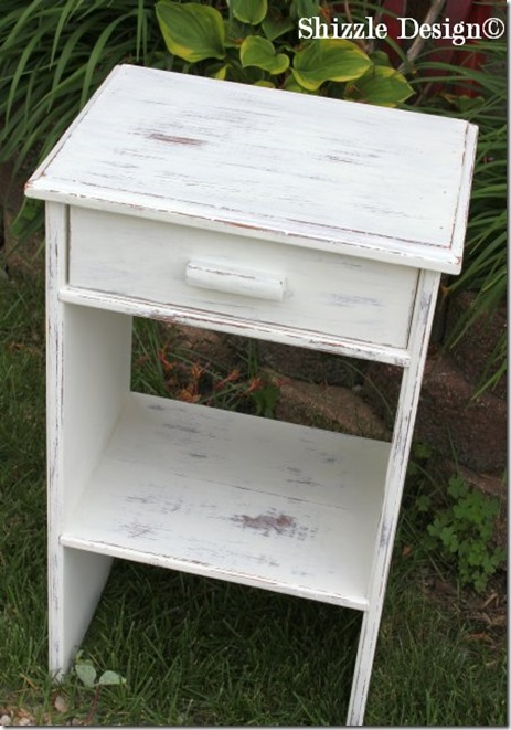 June 15 side table painted in CeCe Caldwell's Vintage White at a Shizzle Style Furnitiure Paint Class Grand Rapids, MI