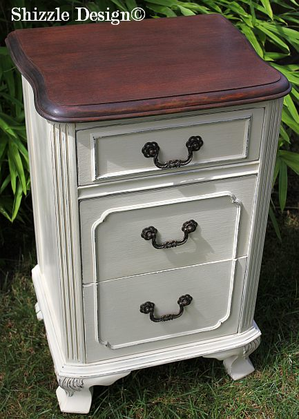 Shizzle Design Michigan #americanpaintcompany white french blue Home Plate Dollar Bill chalk clay paint bedroom nightstand antique hardware Jacobean stain 1