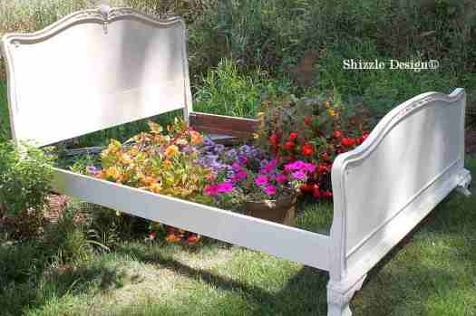 Shizzle Design painted furniture Michigan #americanpaintcompany white Home Plate Dollar Bill Rushmore Heaven's Light chalk clay paint antique bed