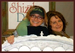 Shizzle Design Free Paint Demo Best classes Largest selection of chalk clay paints in grand rapids michigan