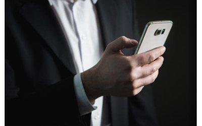 Las empresas podrán revisar el contenido de las comunicaciones de sus trabajadores durante el horario laboral si se realizan a través de aparatos de la compañía, siempre y cuando avisen previamente.