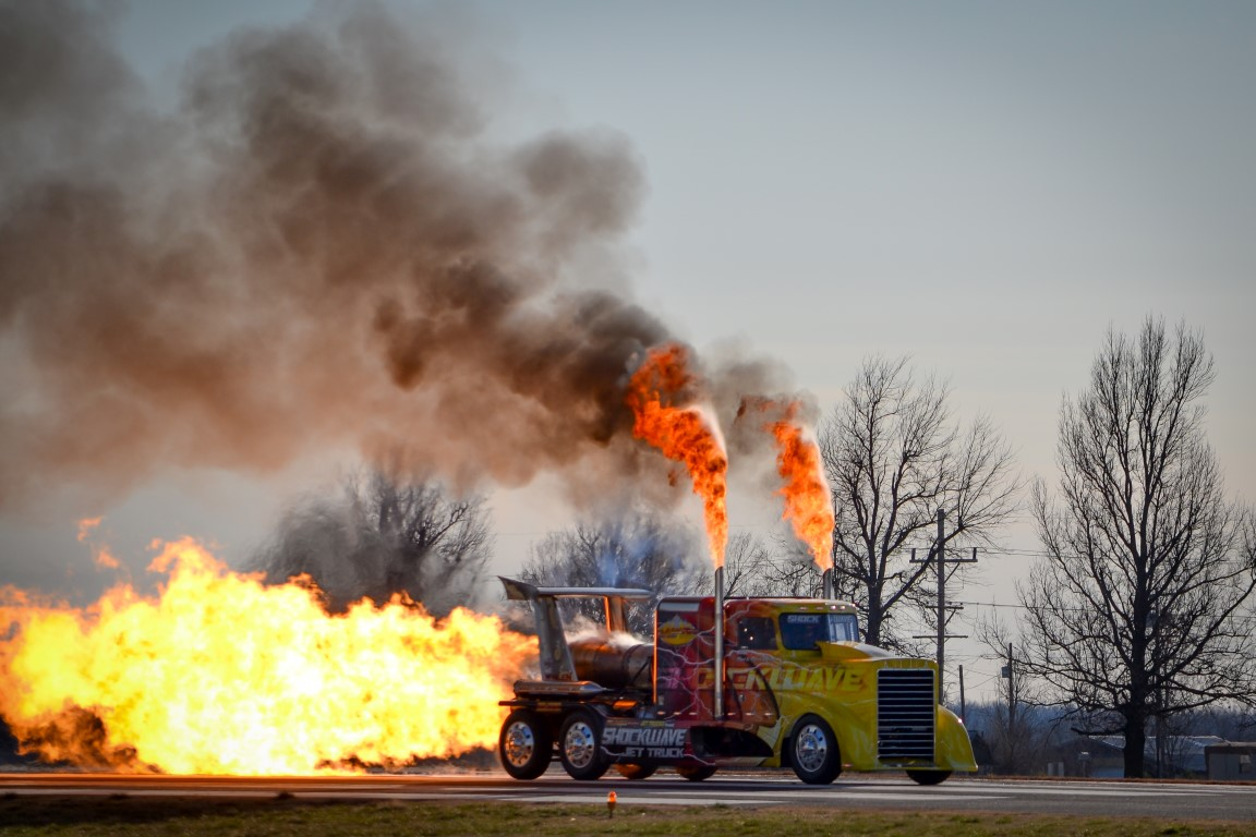Flash Wallpaper Hd Shockwave And Flash Fire Jet Trucks Shockwave