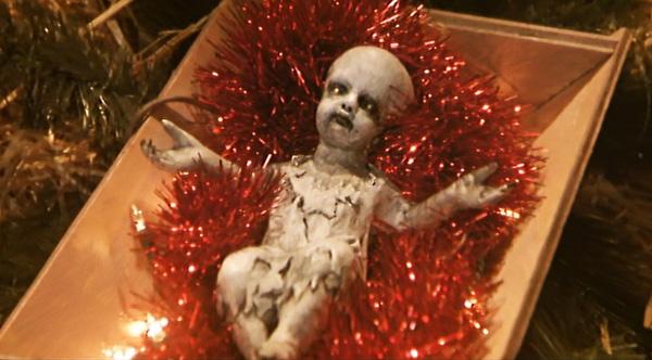 omen-iv-the-awakening-zombie-baby-jesus-creche