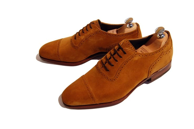 """1. Adelaide polo suede. Here an old Meermin MTO adelaide polo suede, and it is in the Stuket on the classic round 15-last, as we think of a model, but without the so-called """"peaked heel counter"""", with simple leather soles. Picture: Meermin"""