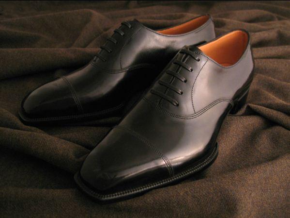 Cobalt. Eternal calf (aniline colored leather), black.