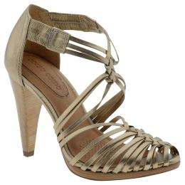 strappy_sandals1