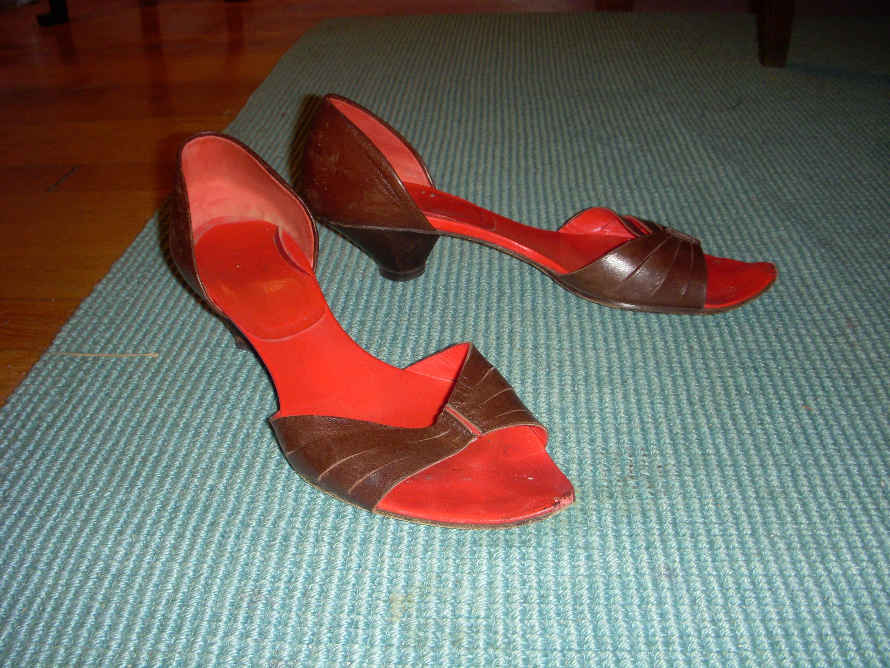 Peep-Toe Conical Heels