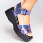 sandalia verão 2021 flatform metalizada futa-cor roxa azul shoes to love loja online calçados femininos tendencias